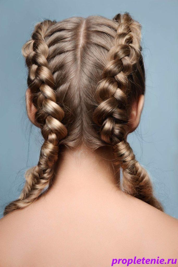 Причёска с двумя косами