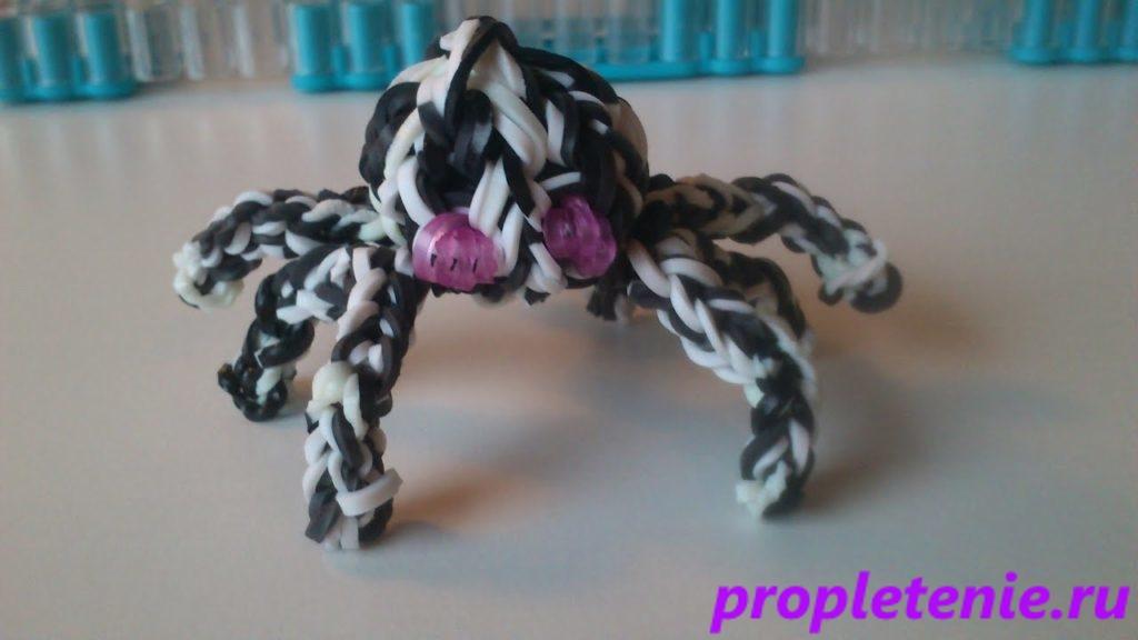 Как сделать паука из резинок.