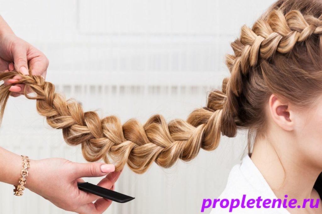 Какие есть особенности плетения косы.